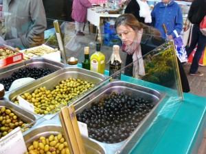 joelle-laffitte--notes-from-the-farmers-market
