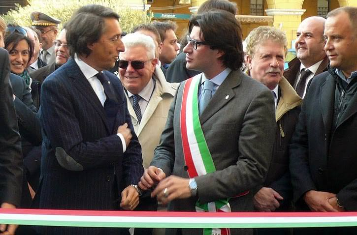 imperia-hosts-mediterranean-diet-forum-olioliva-festival-franco-amadeo-president-of-the-imperia-chamber-of-commerce-and-paolo-strescino-mayor-of-imperia-at-the-ribbon-cutting-for-the-olivolio-festival