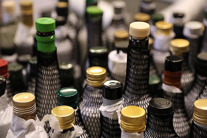 elite-tasters-scrutinize-700-olive-oils-in-new-york